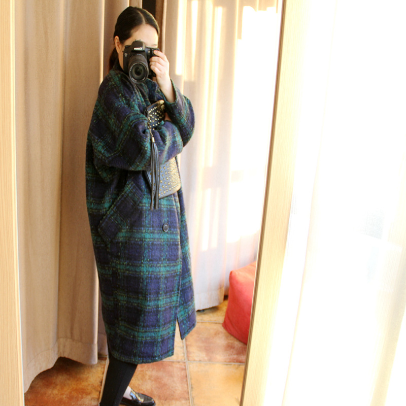 2018 new autumn and winter Korean loose cocoon type small wool woolen coat Plaid woolen coat female