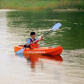 单人皮划艇硬艇塑料艇、曼波香蕉船、独木舟、冲浪休闲平台舟图片