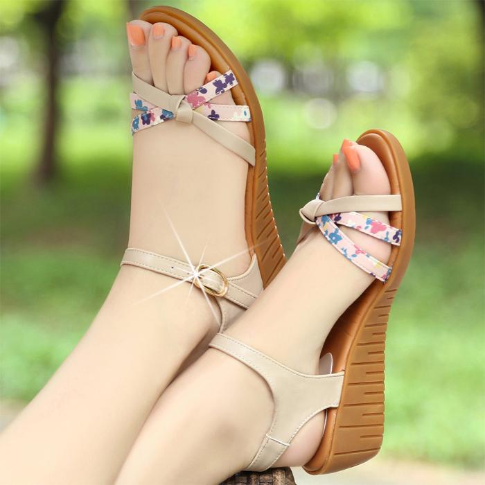 夏季新款真皮凉鞋女平底坡跟凉鞋厚底平跟中跟露趾舒适软底女鞋