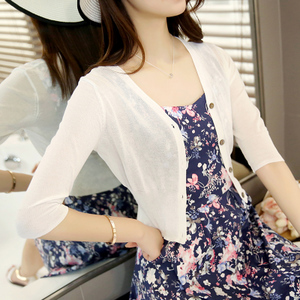 短款冰丝夏季配的防晒外搭针织衫