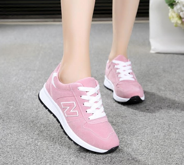 Autumn 2020 college students sports shoes womens running shoes Korean versatile flat bottom womens shoes leisure travel shoes single shoes