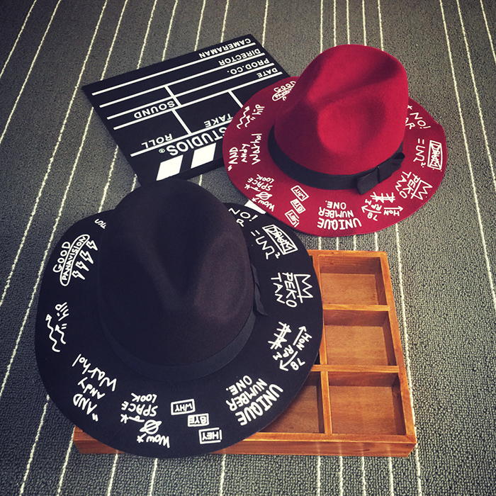 Корея новый Harajuku стиль алфавит граффити печати из моды в Англии vintage широкий полями шерсти шляпу осенью и зимой