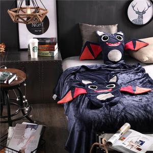 卡通小怪獸抱枕毯汽車辦公室靠墊被靠枕腰靠抱枕被子兩用午休毯子
