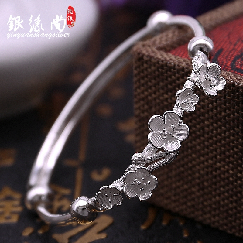 990 silver plum blossom bracelet, female national style, literature and art, smooth surface, push-pull style, students creativity, classical silver bracelet for their girlfriend