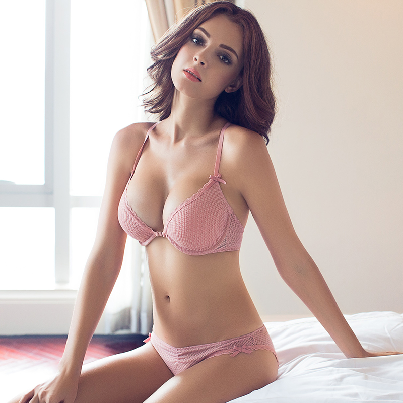 EB12 Europe and sexy v-shaped front buckle lace lingerie bra strap Y ... 5b1326ecb268