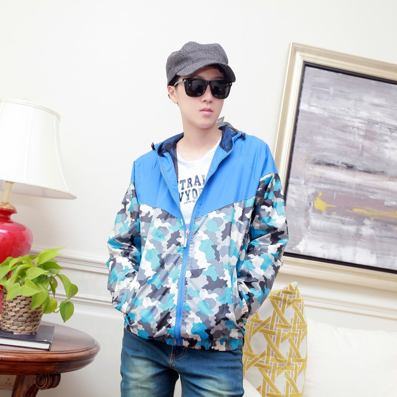 Spring and summer fashion brand pure color camouflage windbreaker sports leisure reflective hooded windbreaker