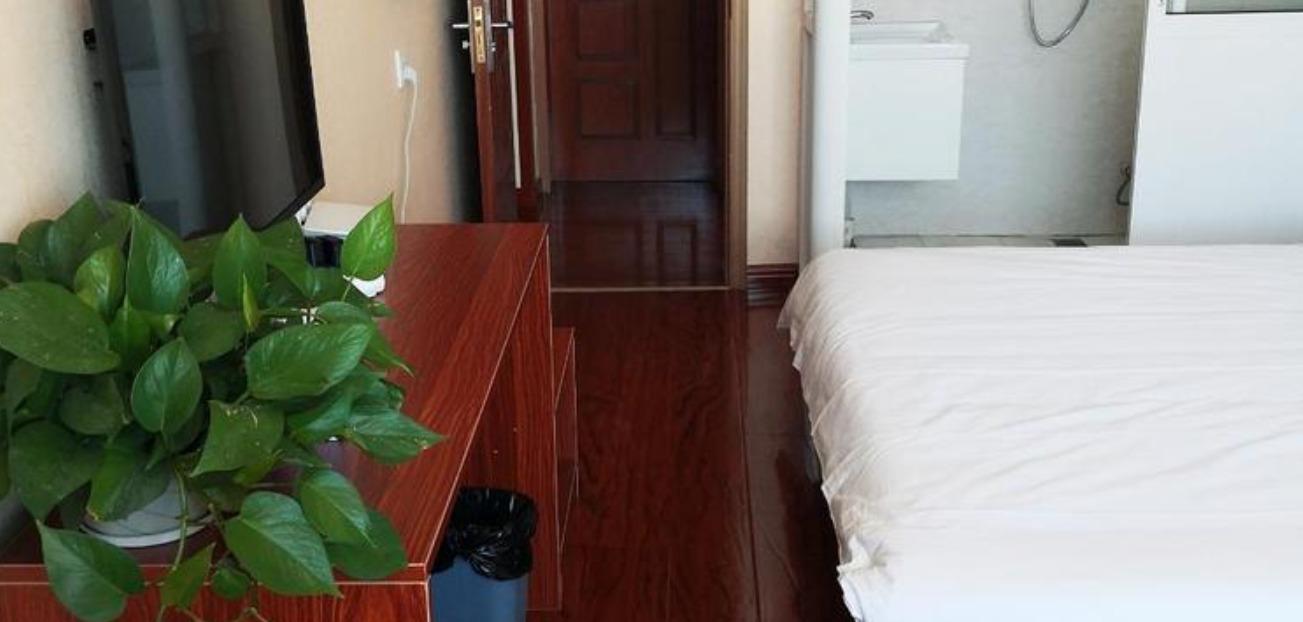 青岛嘉合源海宾馆家庭房
