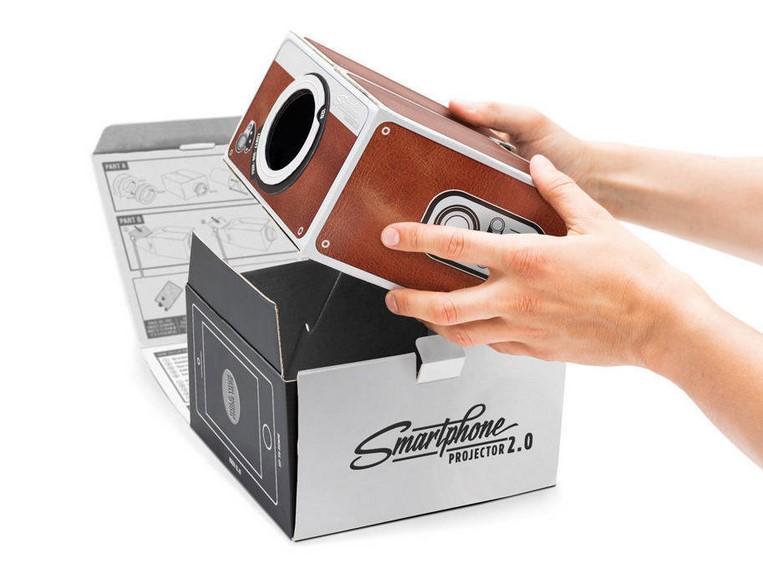 DIY智能手机投影仪第二代简易 投影仪数码投影机  鞋盒投影类似