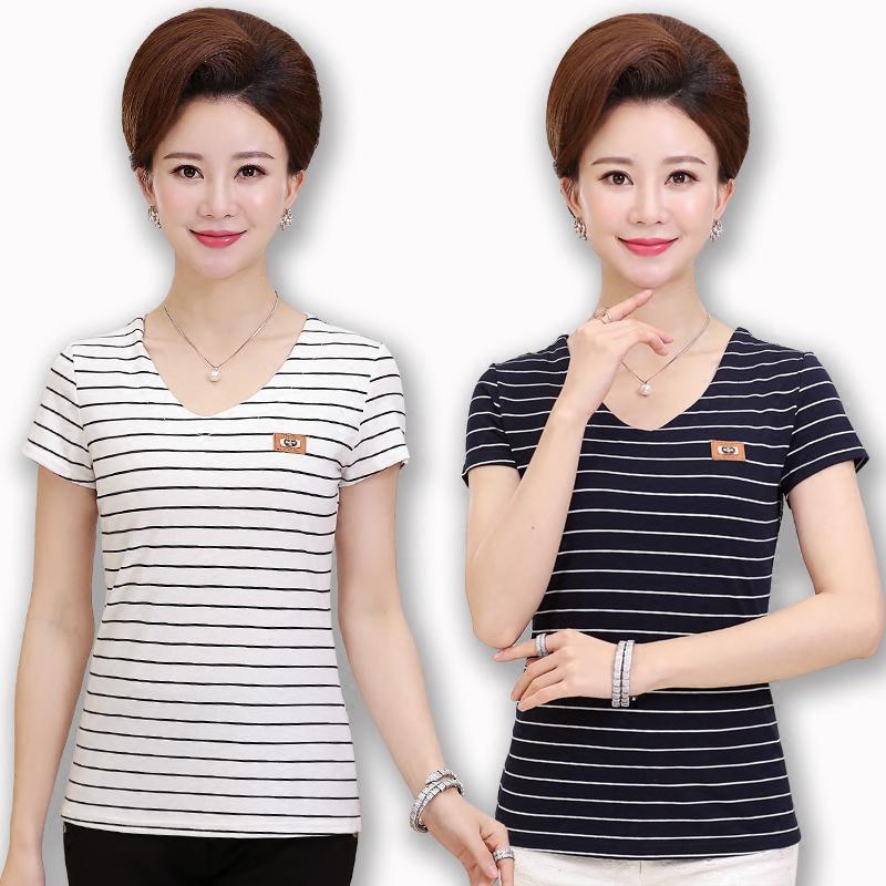 中年妈妈装夏季短袖T恤上衣40-50岁中老年女装夏装女士条纹打底衫