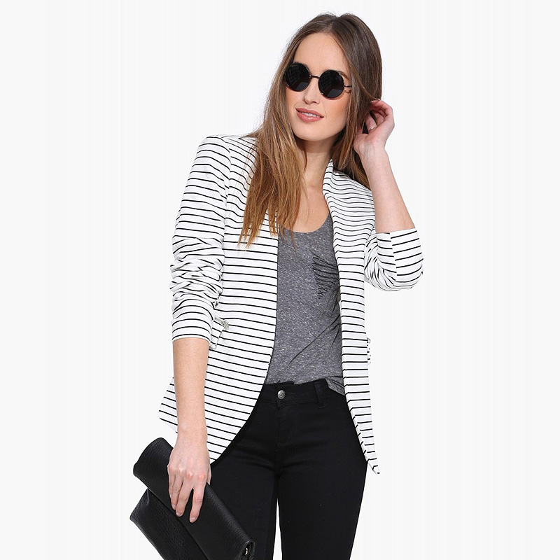 RICHCOCO Европейский фан моды черно-белых горизонтальных полос не пряжки с длинным рукавом тонкий пальто маленький костюм D744