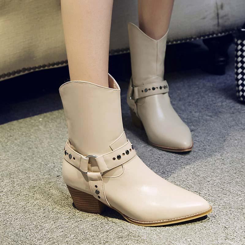 英伦真皮骑士短靴小矮跟搭扣牛皮女靴B482