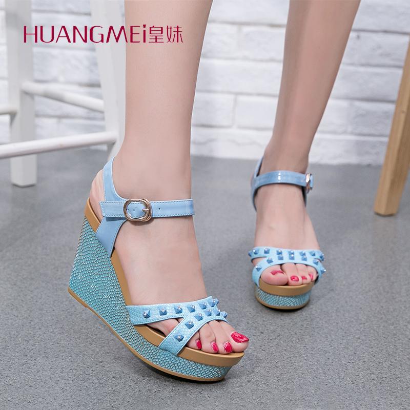 皇妹夏季新款�r尚�T�防水�_坡跟女鞋一字搭扣高跟女�鲂�子女