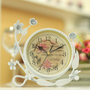 Watch Silent creative clock Continental Iron garden clock table clock creative living room sitting on retro bedside clock decoration