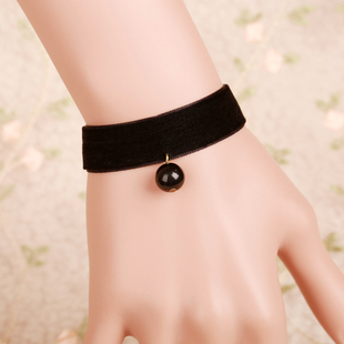 Cheap retro jewelry Necklace with lace in Europe and America palace jewelry Korean female Korean fashion wholesale wrist Bracelets