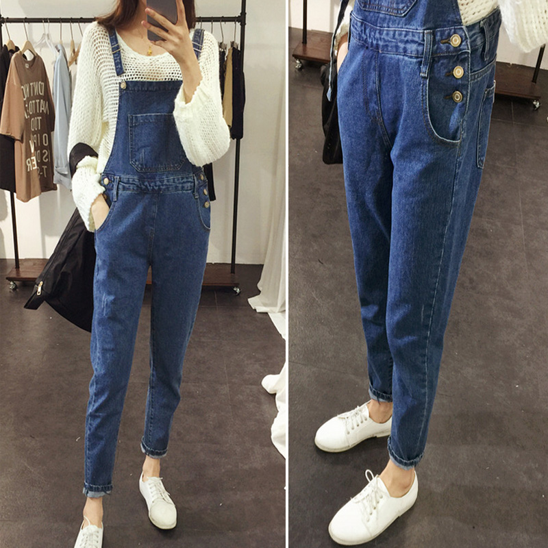 Pants 2017 new womens Korean autumn and winter jeans suspenders womens loose large sling student pants one piece