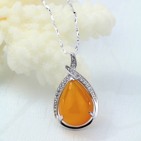 New natural Topaz marrow pendant female 925 silver Cloisonne pendant cyan Gold Garnet clavicle chain crystal jewelry