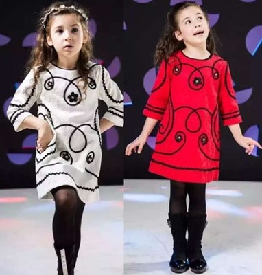 Red dresses of the girls Europe and the United States of big shop sign the spring and autumn period and the children's clothes A word skirt jacquard cotton lace diamond loose dress