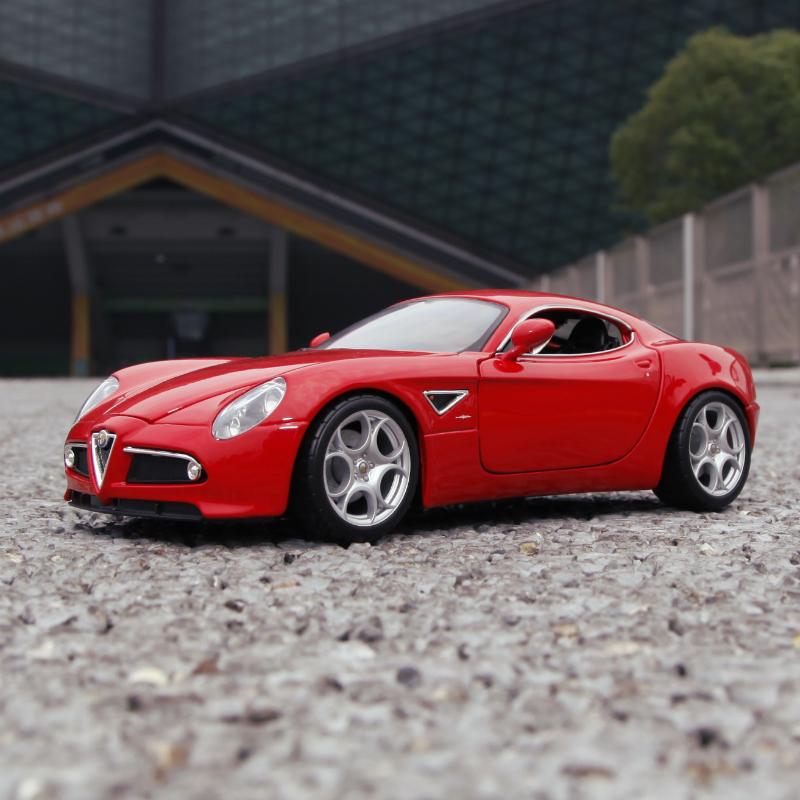 比美高阿尔法罗密欧车模1:18 仿真合金原厂汽车模型摆件生日礼物