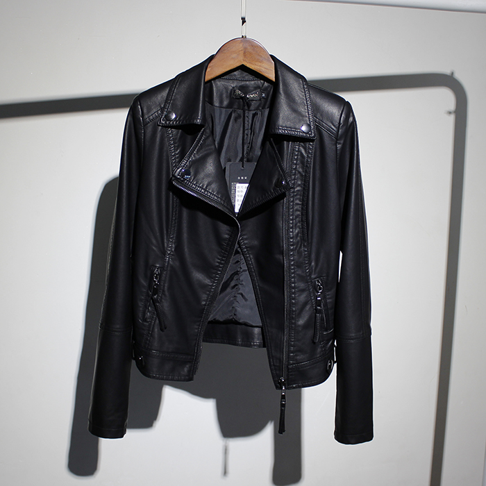 潮品女装翻领时尚短款皮夹克女2021春装新款修身显瘦长袖皮衣外套