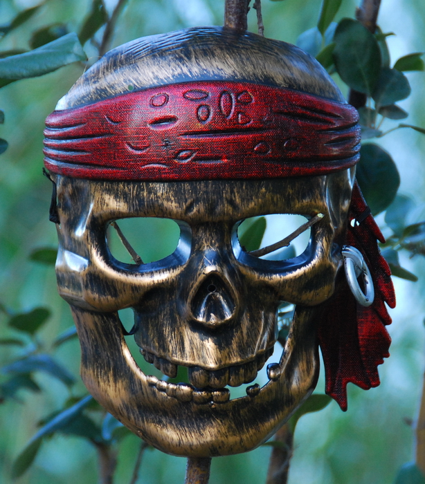 High end role-playing props mask antique bronze sense gold Pirate Skull Mask classic full face