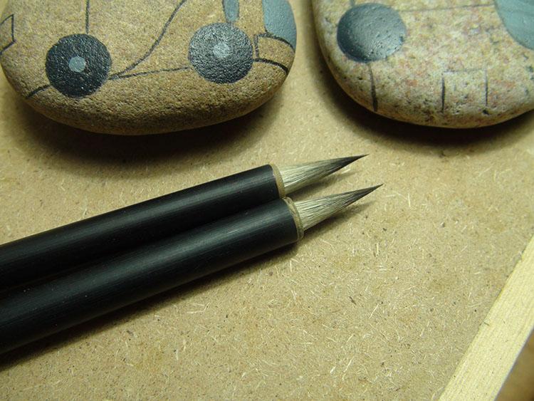 Ручная роспись камень использование кисть , хорошо использование , крюк , раскраска , может