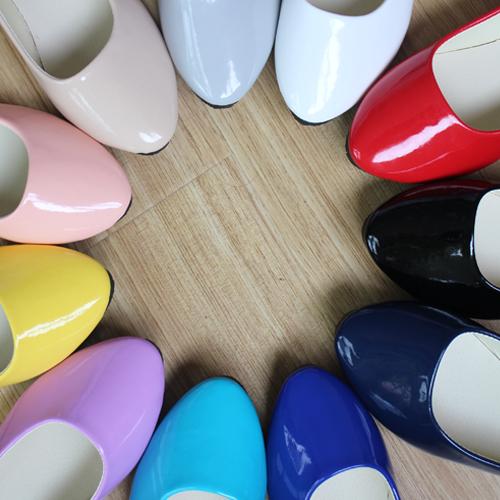 包�]2017春夏新款糖果色工作鞋��s平跟�涡��W生鞋平底鞋漆皮女鞋