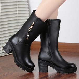 冬季新款真皮女鞋时尚休闲中筒羊毛保暖高跟女靴牛皮鞋
