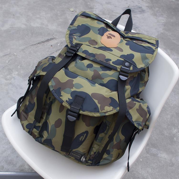 新型の春の韓国版迷彩男リュックサック女性用防水バッグ男女リュックサックリュックサック旅行用パソコンバッグ