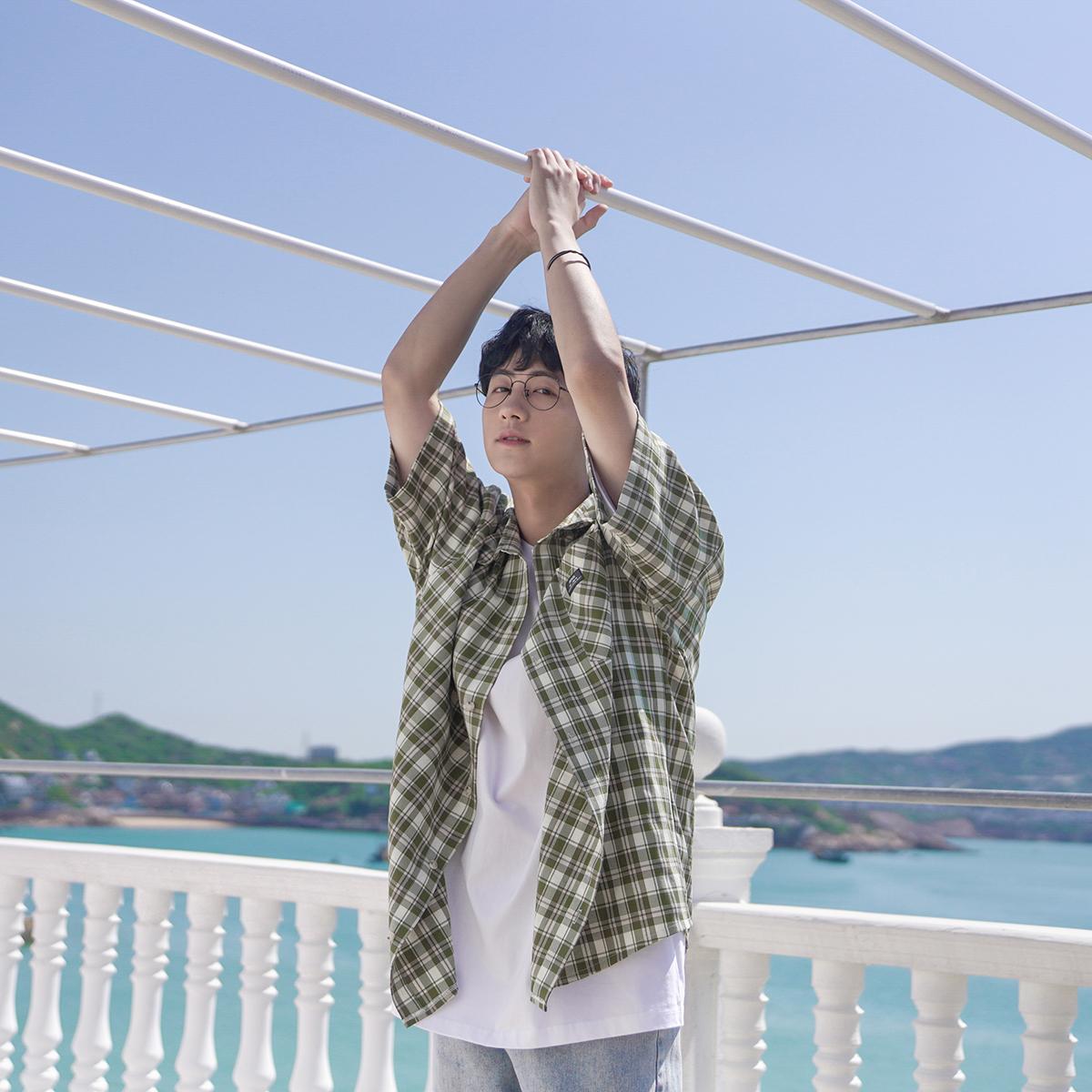 2020夏装男士格子短袖衬衫韩版宽松小清新基础款百搭夏日半袖衬衣