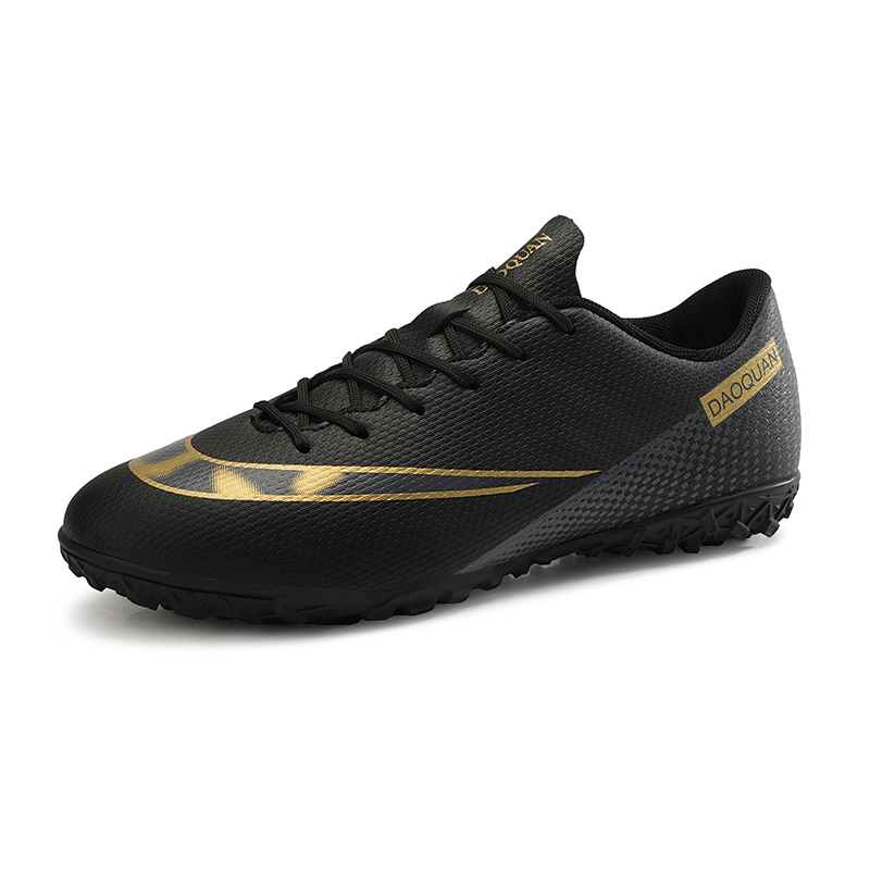 Broken nail football shoes for boys and girls