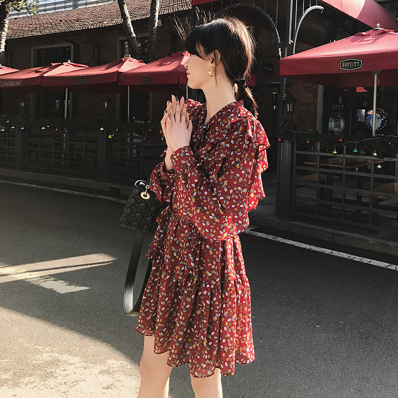 Red polka dot dress spring 2020 new style of small temperament Floral Chiffon short sleeve small fresh skirt