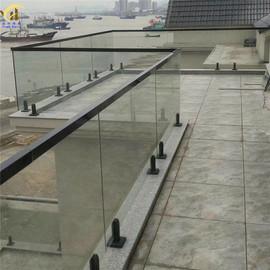 304不锈钢游泳池玻璃夹楼梯护拦立柱玻璃免打孔固定配件阳台玻璃图片
