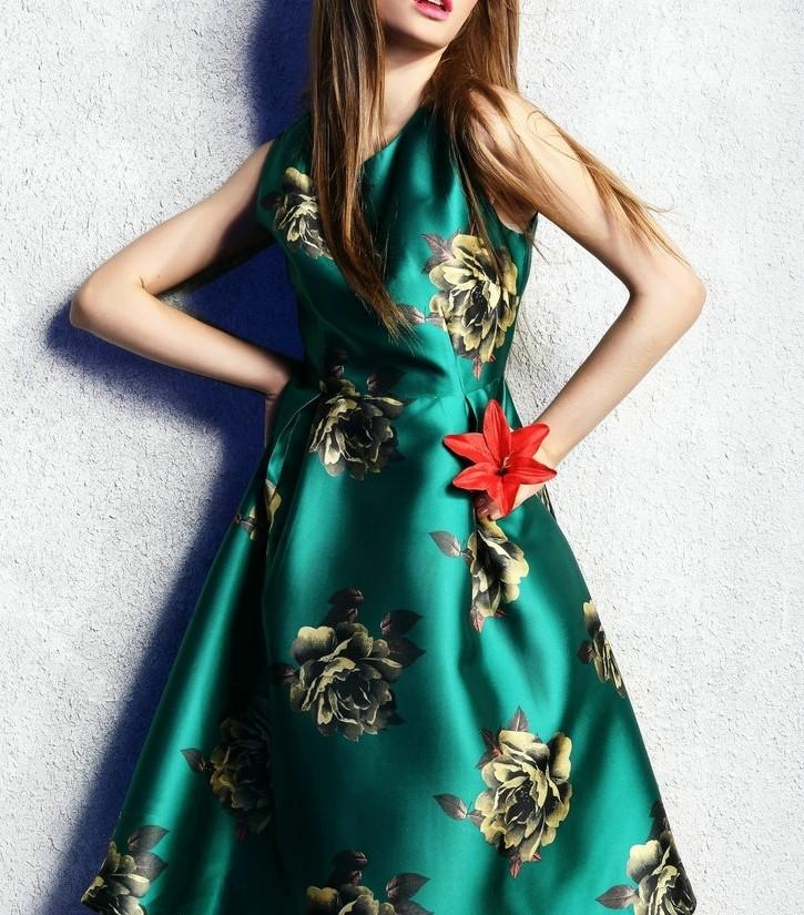 秋装女2019新款冷系女装优雅法式气质收腰显瘦高贵高腰及膝连衣裙