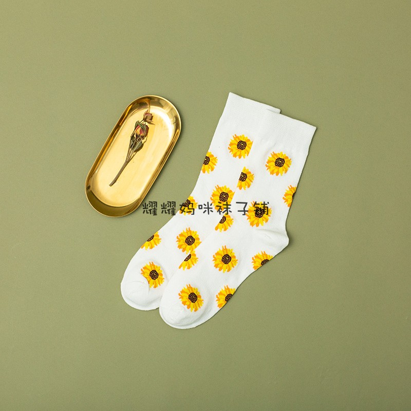 日系复古白色向日葵中筒袜子韩国东大门文艺小清新格调泫雅风袜