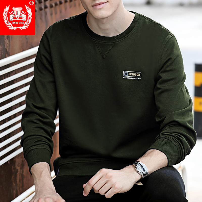 Autumn mens round neck long sleeve T-shirt loose sweater mens spring and autumn sports pure cotton bottomed shirt mens autumn top