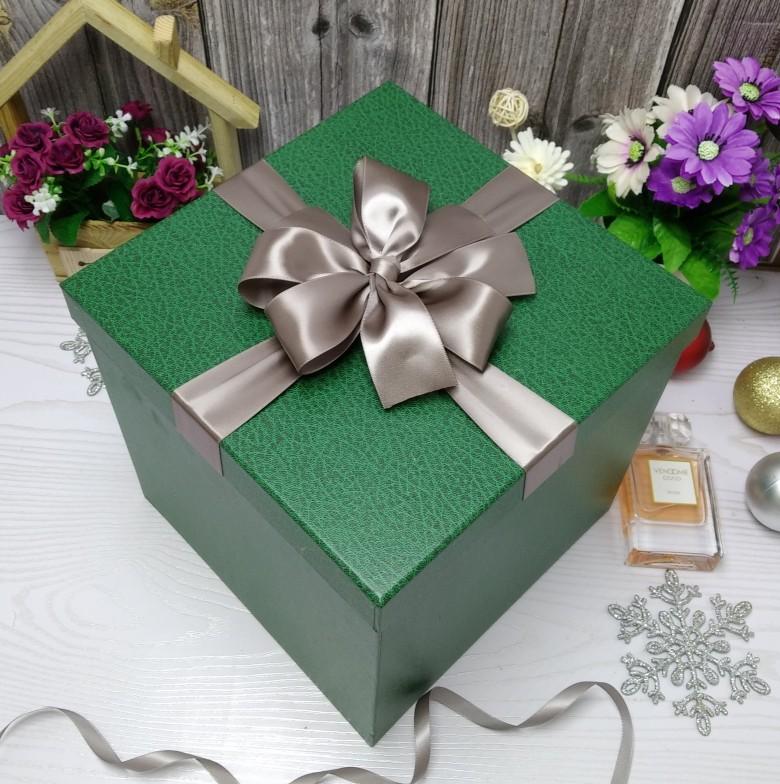 高档墨绿色超大正方形圣诞节礼品盒篮球零食礼物盒定制纸盒印logo