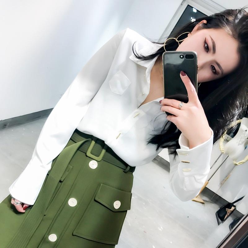 CICI 2018春季新款女装 特色干练成熟韩版衬衫简约修身纽扣气质