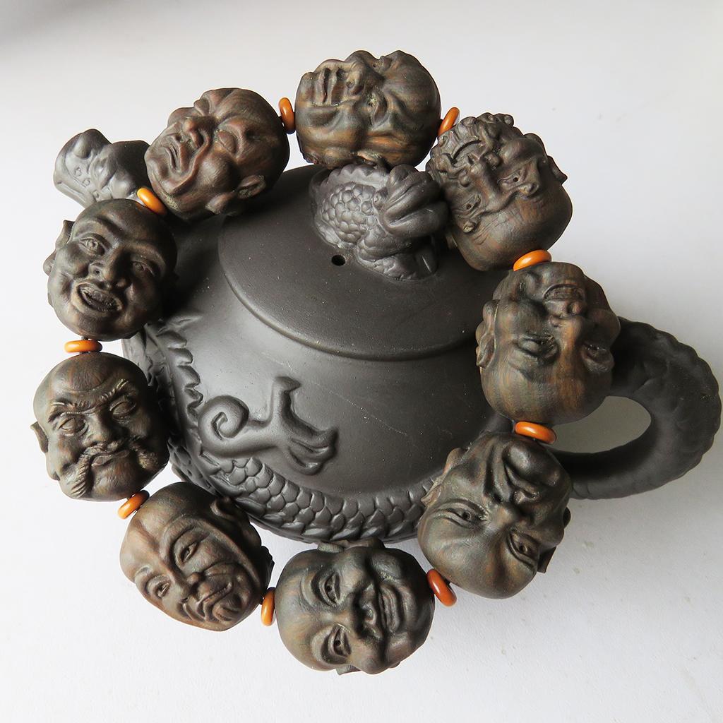 Разные сувениры из косточек фруктов Артикул 617543514715