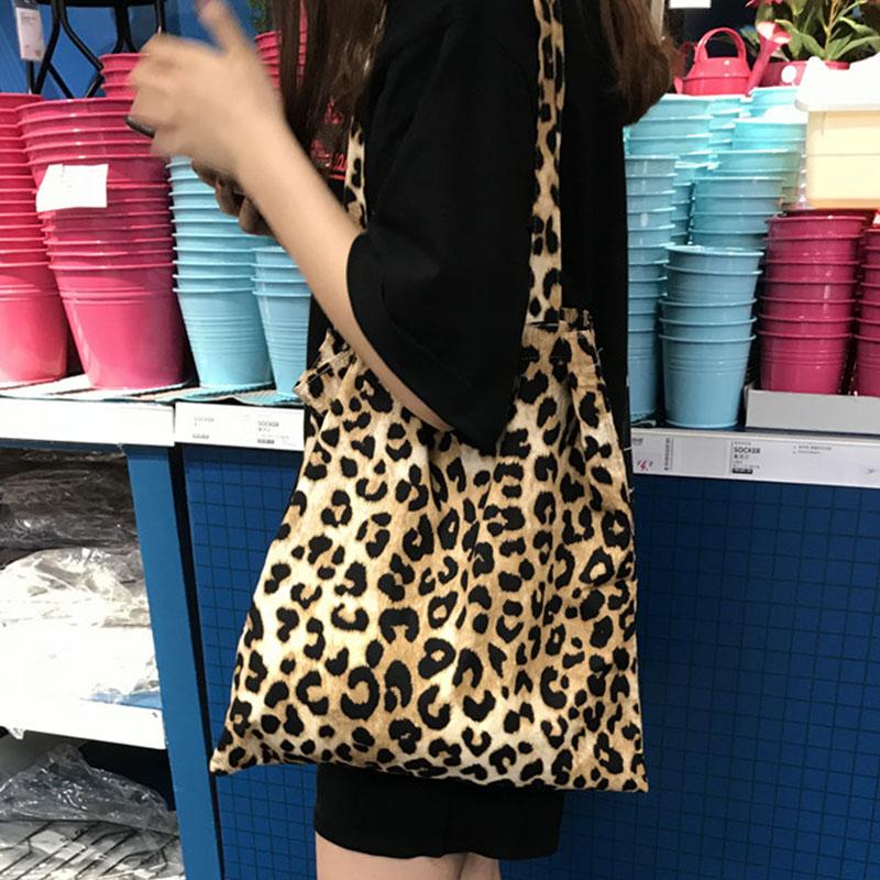 韩国ins博主推荐 手感滑滑 豹纹布袋 时尚搭配单品手提包袋
