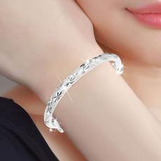 时尚流行新款银饰品