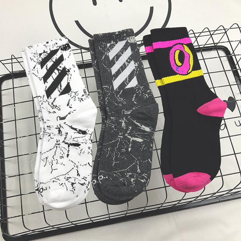 韩国ulzzang原宿搞怪条纹字母潮袜长男女情侣纯棉滑板车中筒袜子