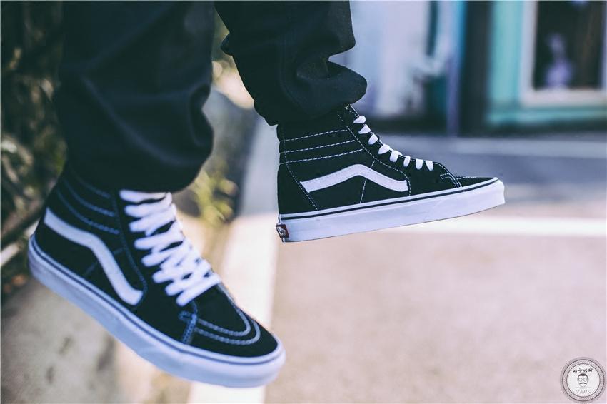 老爷现货Vans SK8 hi 黑白经典款帆布鞋男鞋女鞋VN0D5IB8C大码
