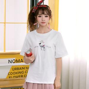9858#实拍17新款 小鹿英文字母刺绣圆领纯棉下角开叉短袖T恤女