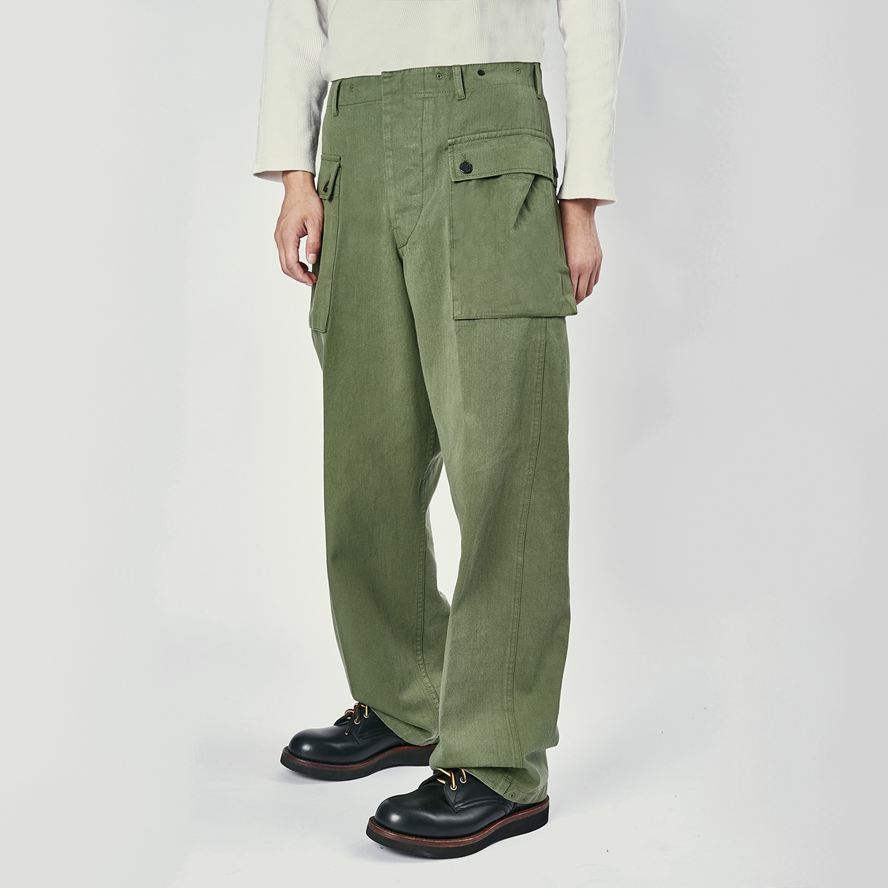 Sburla / senbailai imported fabric from Japan! Mens military pants with retro p44 three-dimensional storage pocket