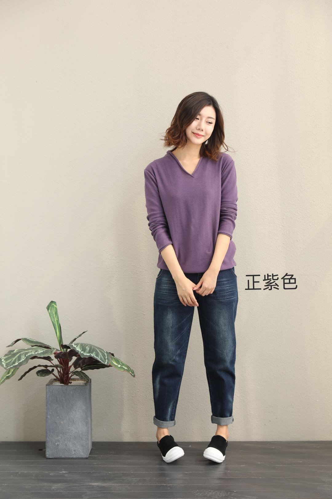 Autumn and winter new Pullover Sweater womens Korean long sleeve leisure cotton bottomed Hoodie