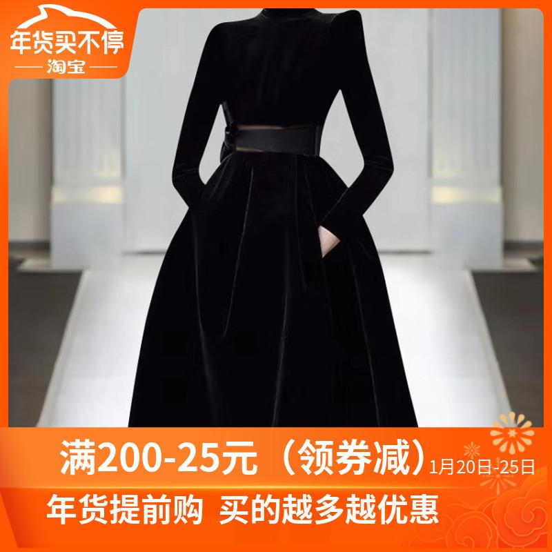 欧洲站2020年秋冬时尚走秀新款高端女装气质黑色显瘦丝绒连衣裙潮