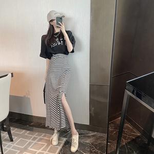 YF43534# 港味印花字母宽松T恤+条纹开叉显瘦裙子 服装批发女装直播货源