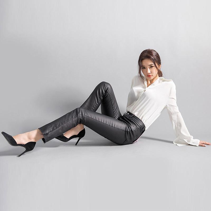 New dongdamen high school low waist elastic hip lifting small straight tube Capris coated denim leather pants