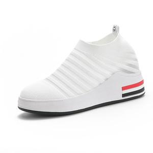 配裙子的小白鞋内增高8cm网面网鞋
