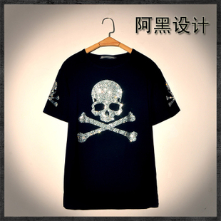 Spot the Middle East drilling hot drilling skull bones male and female couple decoration body short sleeved T shirt with large yards